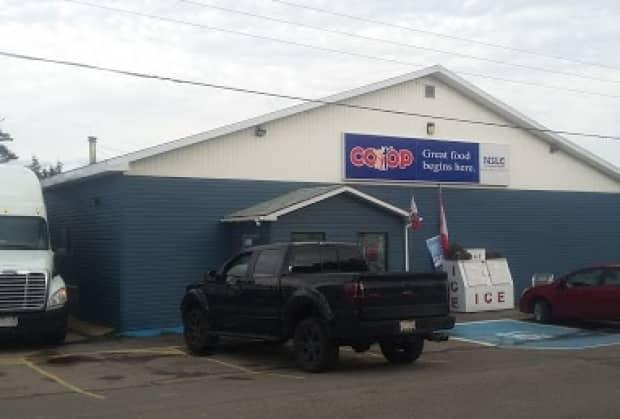 Alert staff at the Neils Harbour Co-op warned two customers that the large gift card purchases they were making were likely a scam. (Google Maps - image credit)
