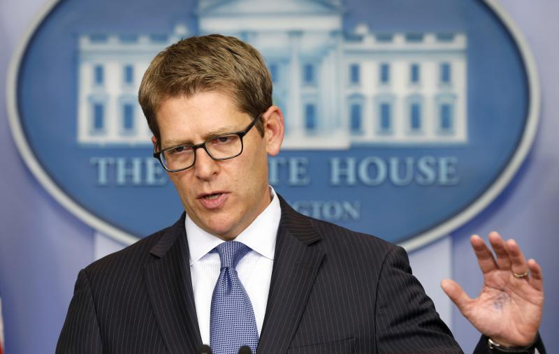 White House spokesman Jay Carney briefs reporters at the White House in Washington October 11, 2013. With a partial government shutdown in its eleventh day and less than a week to go before the Treasury Department runs out of money to pay the government's bills, the U.S. President Barack Obama has been urging congressional Republicans to end a fiscal impasse that has overtaken Washington and rippled through the country.REUTERS/Kevin Lamarque (UNITED STATES - Tags: POLITICS BUSINESS)