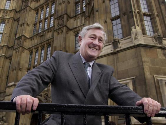 Geoffrey Robinson outside the Houses of Parliament in 2000 (PA Archive/PA Images)
