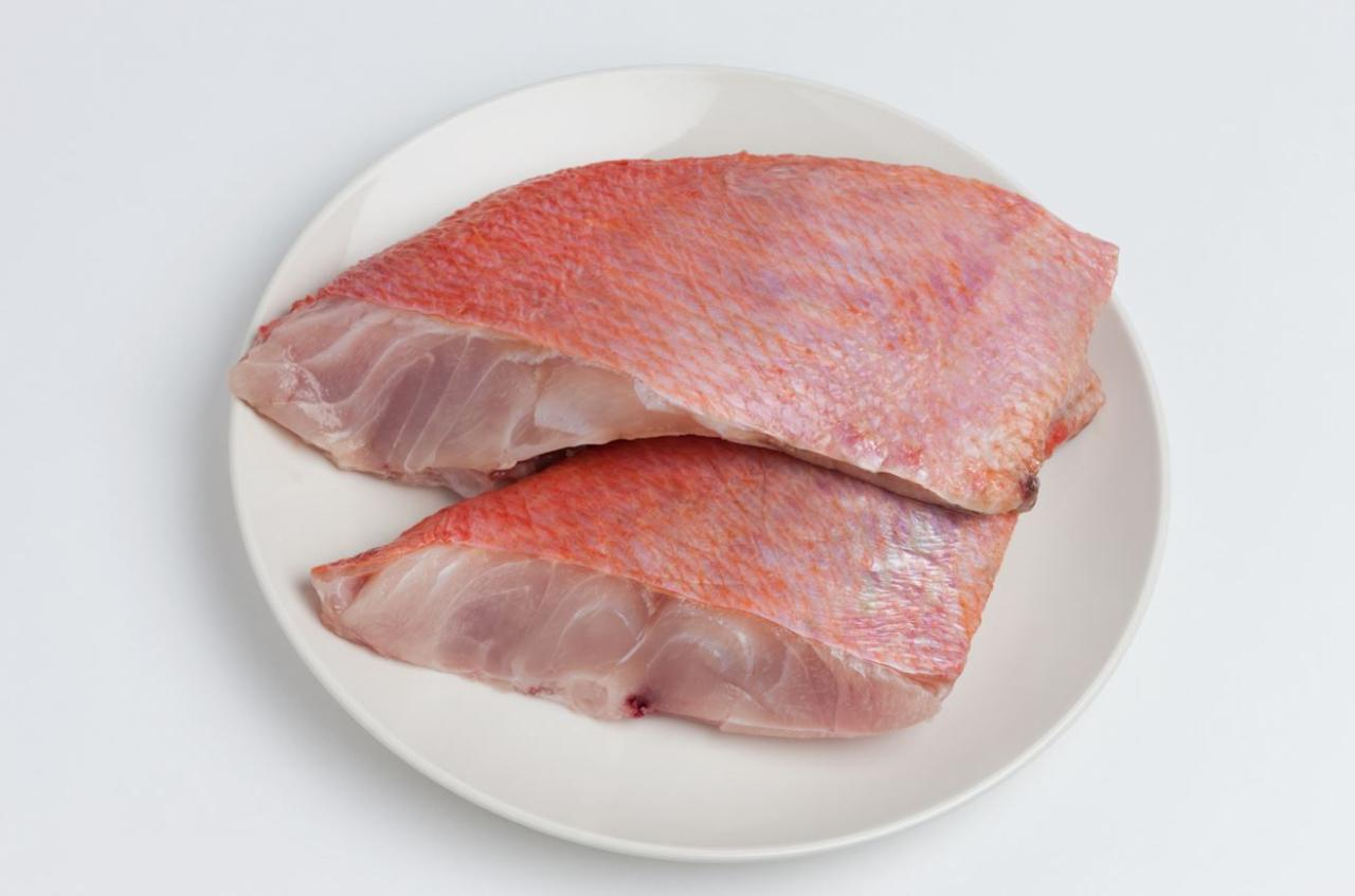 10 reasons to avoid supermarket seafood for Fish to avoid