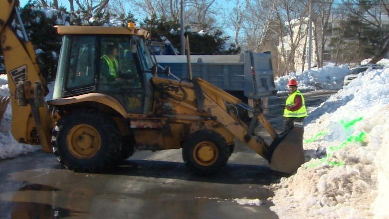Halifax vehicle owners rack up $225K in parking ban tickets this winter