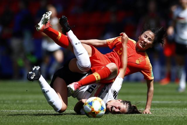 Melanie Leupolz #18 of Germany and Yang Li #9 of China compete for the ball during the 2019 FIFA Women's World Cup France group B match between Germany and China at Roazhon Park on June 08, 2019 in Rennes, France. (Photo by Fu Tian/China News Service/VCG via Getty Images)