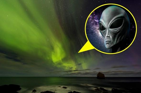 Northern Frights: Spooky 'alien face' seen in Iceland's aurora borealis