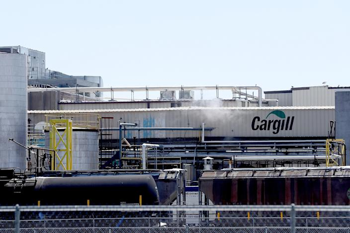 A Cargill meatpacking plant in Fort Morgan, Colo., remains in operation after as many as 18 employees contracted the coronavirus. (Matthew Stockman/Getty Images)