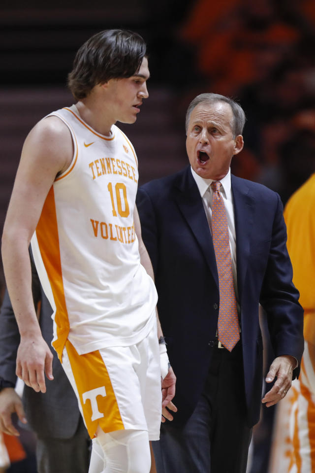 Tennessee head coach Rick Barnes yells at forward John Fulkerson (10) during the first half of an NCAA college basketball game against Jacksonville State, Saturday, Dec. 21, 2019, in Knoxville, Tenn. (AP Photo/Wade Payne)