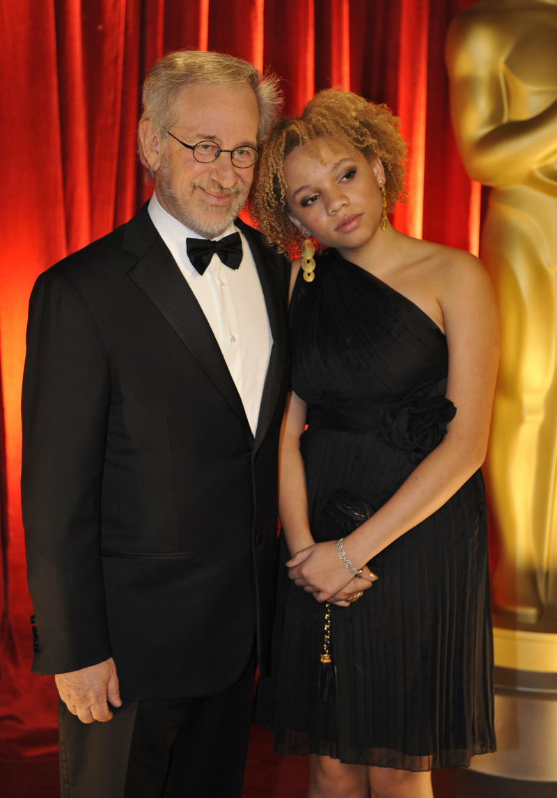 Steven Spielberg and daughter Mikaela George Spielberg arrive at the 81st Academy Awards Sunday, Feb. 22, 2009, in the Hollywood section of Los Angeles. (AP Photo/Chris Carlson)