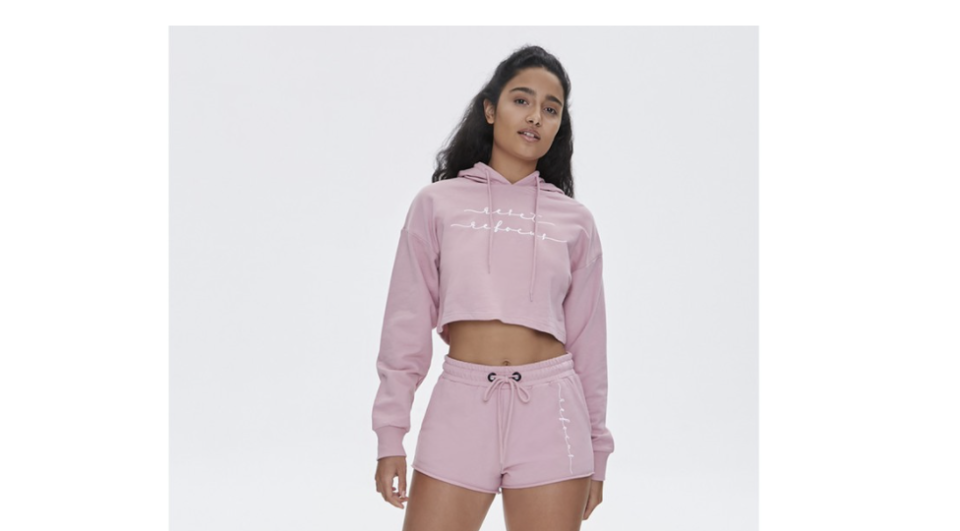 Forever 21 hoodie. (PHOTO: Shopee Philippines)