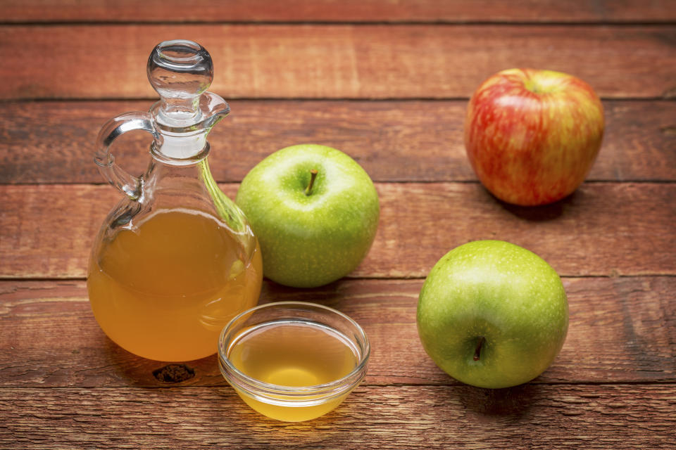 Apple cider vinegar helps balance gut bacteria and reduce inflammation. (Getty Images)
