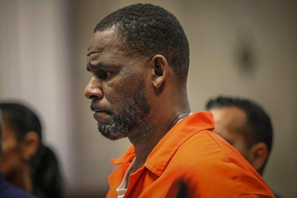 R Kelly at a court hearing in Chicago. (AP)