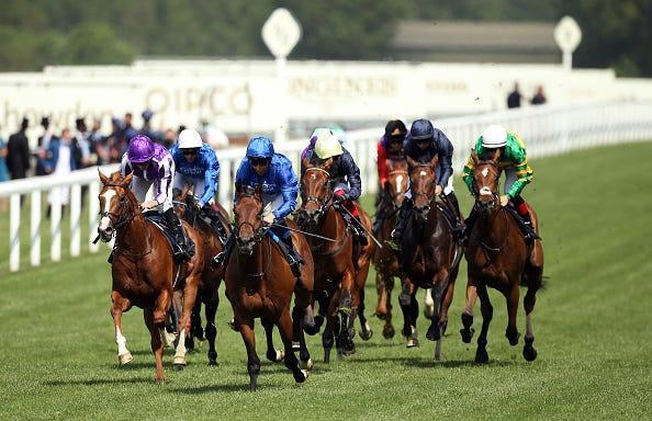 Kemari ridden by jockey William Buick (front centre) on their way to winning the Queen's Vase during day two of Royal Ascot at Ascot Racecourse.