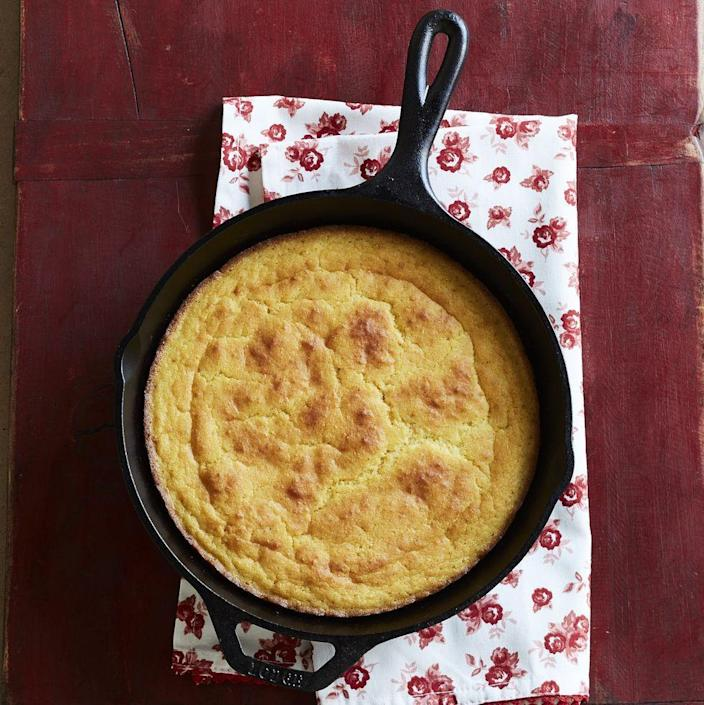 """<p>No holiday is complete with a delicious cornbread—even the 4th of July! Soak up your favorite barbecue dishes with this classic cornbread side. </p><p><a href=""""https://www.thepioneerwoman.com/food-cooking/recipes/a9486/skillet-cornbread/"""" rel=""""nofollow noopener"""" target=""""_blank"""" data-ylk=""""slk:Get Ree's recipe."""" class=""""link rapid-noclick-resp""""><strong>Get Ree's recipe. </strong></a></p><p><a class=""""link rapid-noclick-resp"""" href=""""https://go.redirectingat.com?id=74968X1596630&url=https%3A%2F%2Fwww.walmart.com%2Fsearch%2F%3Fquery%3Dcast%2Biron%2Bskillet&sref=https%3A%2F%2Fwww.thepioneerwoman.com%2Ffood-cooking%2Fmeals-menus%2Fg36353420%2Ffourth-of-july-side-dishes%2F"""" rel=""""nofollow noopener"""" target=""""_blank"""" data-ylk=""""slk:SHOP CAST IRON SKILLETS"""">SHOP CAST IRON SKILLETS</a></p>"""