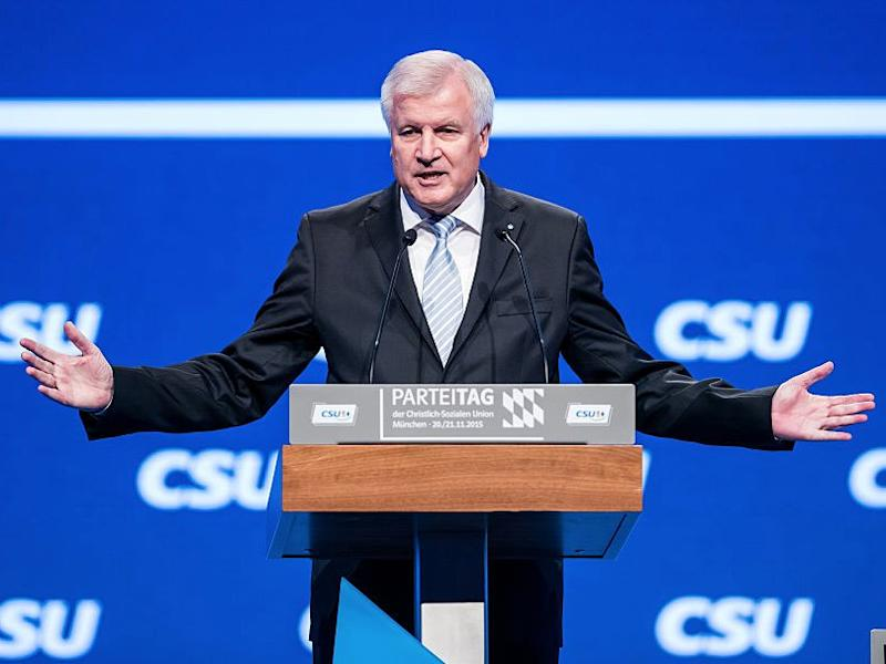 GettyImages 498137678 Seehofer