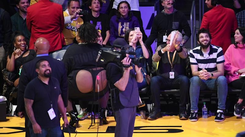 LOS ANGELES, CALIFORNIA - DECEMBER 08: Singer Lizzo dances during a timeout of a basketball game between the Los Angeles Lakers and the Minnesota Timberwolves at Staples Center on December 08, 2019 in Los Angeles, California. (Photo by Allen Berezovsky/Getty Images)