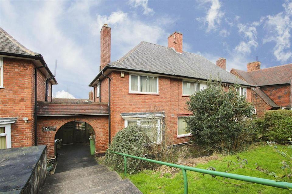 """<p>Anyone looking for a project will love this affordable home, which is on the market for £120,000. It might be in need of a total refurb, but it has no onward chain, plenty of potential and its own lovely pantry. Take a peek inside...</p><p><a href=""""https://www.zoopla.co.uk/for-sale/details/57747197/"""" rel=""""nofollow noopener"""" target=""""_blank"""" data-ylk=""""slk:This property is currently on the market for £120,000 with HoldenCopley via Zoopla."""" class=""""link rapid-noclick-resp"""">This property is currently on the market for £120,000 with HoldenCopley via Zoopla.</a><br></p>"""