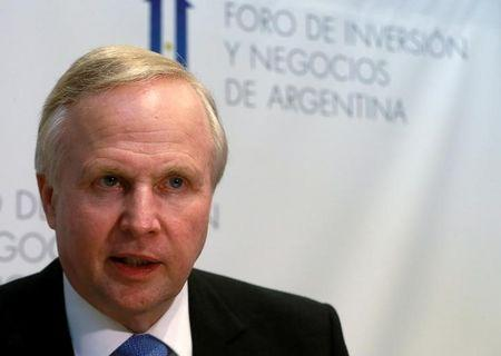 Bob Dudley, CEO of BP gas company, speaks during an interview at the Argentina Business and Investment Forum 2016, in Buenos Aires, Argentina