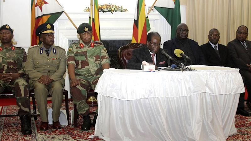 Mugabe Faces Impeachment as He Holds on as Zimbabwe Leader