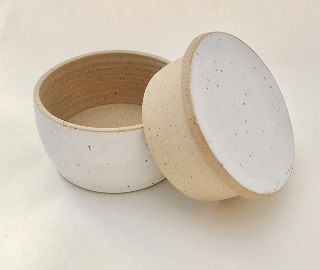 """<p>This handmade stoneware crock comes from a small pottery in Olympia, Washington. It's about four inches in diameter and three inches tall, and it can easily hold a stick of butter.</p> <p><em><strong>Shop Now:</strong> M.Bueno Butter Keeper, $34, <a href=""""http://www.awin1.com/cread.php?awinmid=6220&awinaffid=272513&clickref=MSLWhyEveryHomeCookShouldOwnaButterCrockPlusOurFavoriteOptionsontheMarketRightNowvspence2FooGal7844477202007I&p=https%3A%2F%2Fwww.etsy.com%2Flisting%2F513491553%2Fbutter-keeper"""" rel=""""nofollow noopener"""" target=""""_blank"""" data-ylk=""""slk:etsy.com"""" class=""""link rapid-noclick-resp"""">etsy.com</a>.</em></p>"""