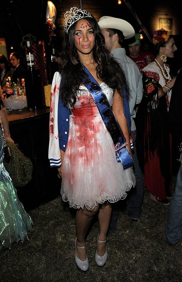 Not looking quite as pristine as Paris, singer Leona Lewis got gory as a bloody prom queen. (10/31/2011)