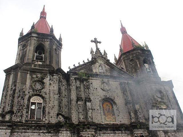 A distinct feature of the Saint Anne Church, or popularly referred to as Molo Church, is its towering red spires. National Hero Dr. Jose Rizal visited the church on his way from his exile in Dapitan to Manila.
