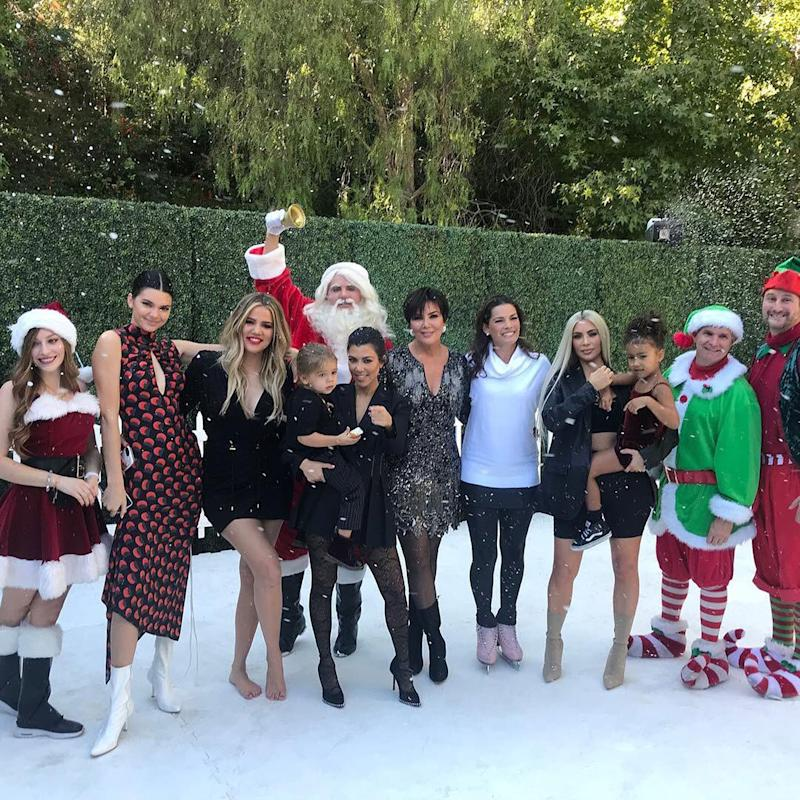 Will There Be a Kardashian Christmas Card This Year? Kris Jenner ...