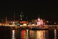 """<p><a href=""""https://go.redirectingat.com?id=74968X1596630&url=https%3A%2F%2Fwww.tripadvisor.com%2FTourism-g29494-Annapolis_Maryland-Vacations.html&sref=https%3A%2F%2Fwww.countryliving.com%2Flife%2Ftravel%2Fg2829%2Fbest-christmas-towns-in-usa%2F"""" rel=""""nofollow noopener"""" target=""""_blank"""" data-ylk=""""slk:Annapolis"""" class=""""link rapid-noclick-resp"""">Annapolis</a> showcases its impressive 18th-century historic district at the holidays, with candlelit strolls and guided tours of some of the town's grand homes. The town is lavishly trimmed with evergreen garlands and, down on the <a href=""""https://www.visitannapolis.org/discover/interests/city-dock"""" rel=""""nofollow noopener"""" target=""""_blank"""" data-ylk=""""slk:City Dock"""" class=""""link rapid-noclick-resp"""">City Dock</a>, reflections of the holiday tree twinkle in the water off the harbor. The town's nautical traditions are honored with a lighted boat parade in December.</p><p><strong><a class=""""link rapid-noclick-resp"""" href=""""https://go.redirectingat.com?id=74968X1596630&url=https%3A%2F%2Fwww.tripadvisor.com%2FTourism-g29494-Annapolis_Maryland-Vacations.html&sref=https%3A%2F%2Fwww.countryliving.com%2Flife%2Ftravel%2Fg2829%2Fbest-christmas-towns-in-usa%2F"""" rel=""""nofollow noopener"""" target=""""_blank"""" data-ylk=""""slk:PLAN YOUR TRIP"""">PLAN YOUR TRIP</a></strong></p>"""