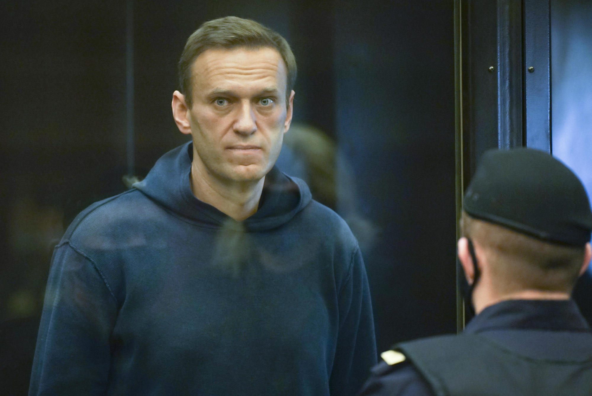 Navalny says Russian prison officials threatening to force feed him