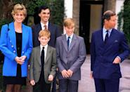 <p>School drop off is a (royal) family affair, with blazers all around! Diana dressed up in a royal blue blazer on Prince William's first day at Eton in September 1995.<br></p>