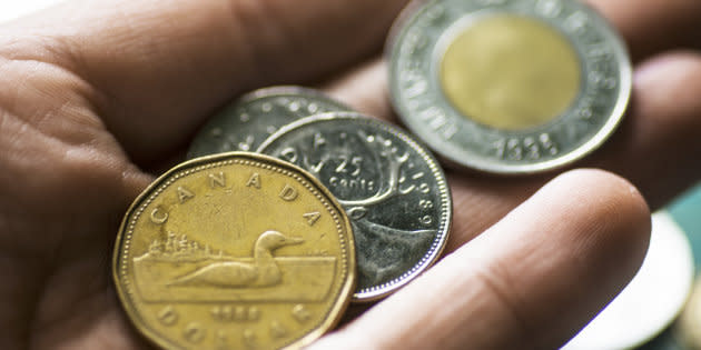 A growing number of analysts are predicting that the Canadian dollar will take a dive this year.