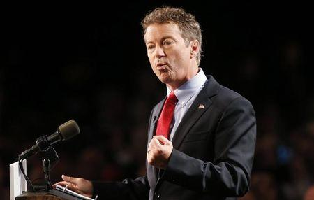 U.S. Senator Rand Paul (R-KY) formally announces his candidacy for president during an event in Louisville, Kentucky, April 7, 2015.  REUTERS/Aaron P. Bernstein