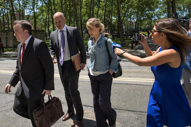 Actress Allison Mack has revamped her look for court appearances. (Photo: Getty Images)