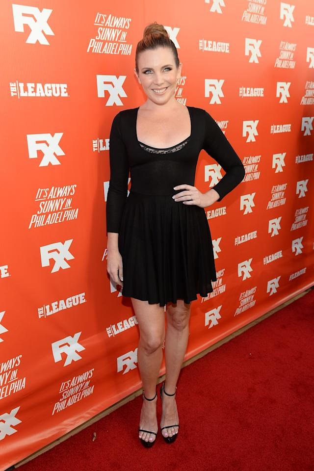 "HOLLYWOOD, CA - SEPTEMBER 03: June Diane Raphael attends the premiere and launch party for FXX Network's ""It's Always Sunny In Philadelphia"" and ""The League"" at Lure on September 3, 2013 in Hollywood, California. (Photo by Michael Buckner/Getty Images)"