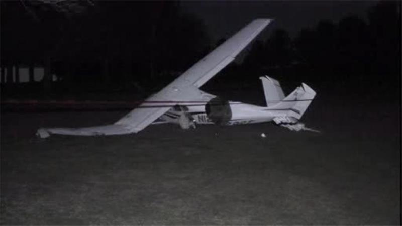 Small plane crashes on golf course in Montgomery County