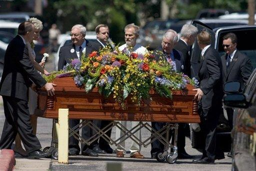 Dr George Tiller's coffin is carried during his funeral in Wichita, Kansas on June 9, 2009