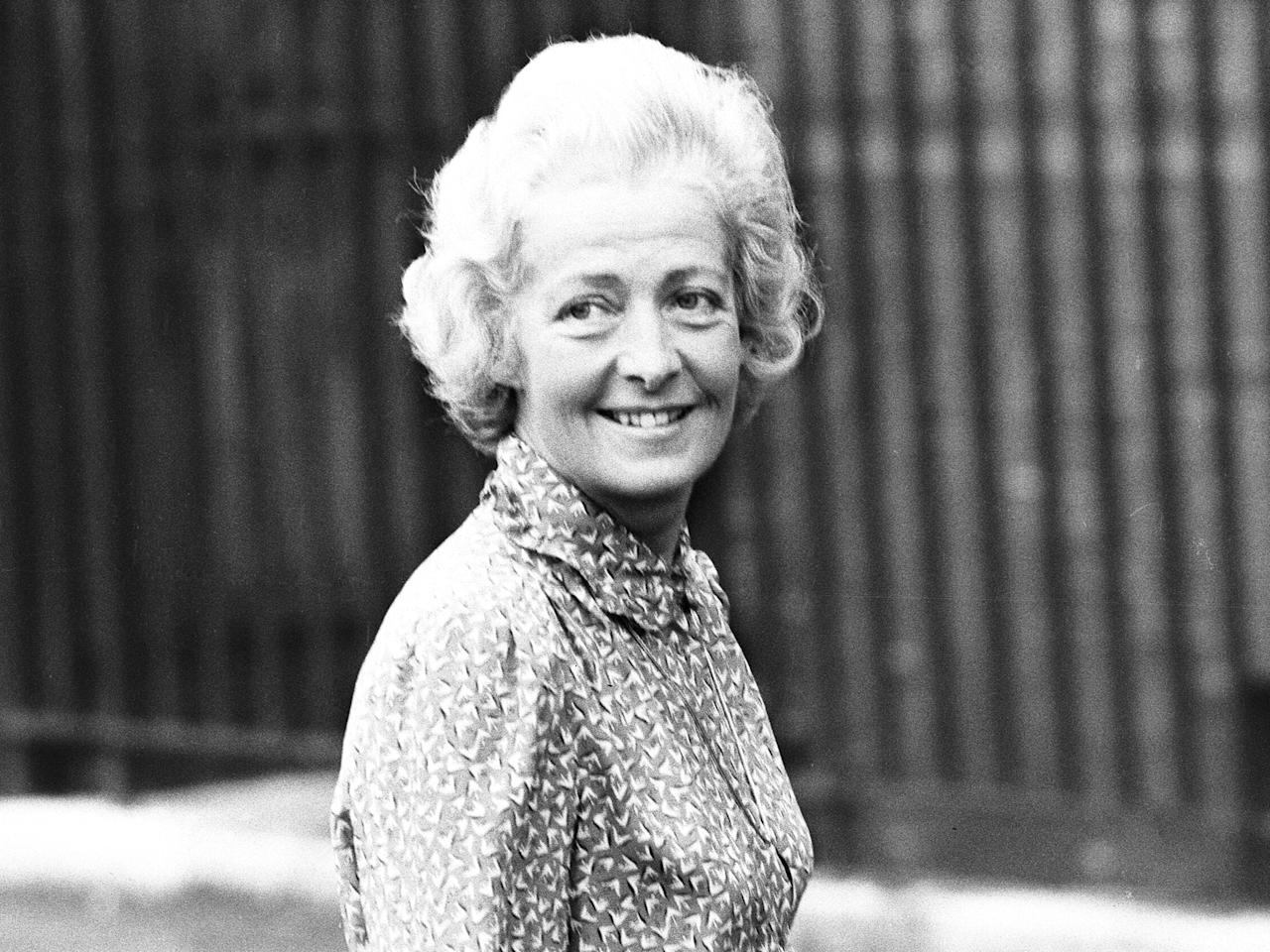 1967: Diana's mum Frances leaves her husband for wallpaper heir Peter Shand Kydd. Just six-years-old at the time, Diana stays with her dad.