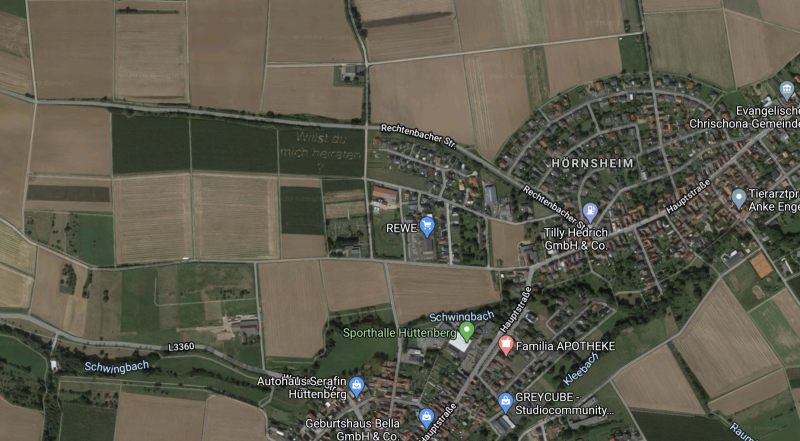 A map of Hornsheim on Google Maps showing the green corn field with the question.