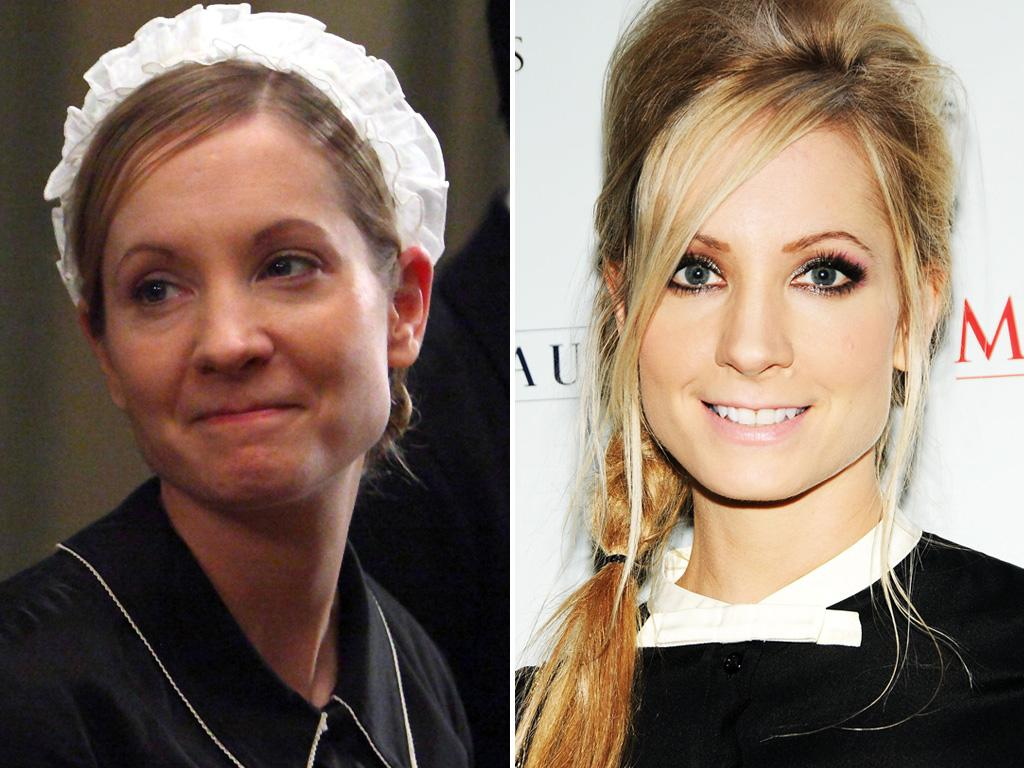 """<p>Another """"Downton"""" actress heating up the red carpet: <strong>Joanne Froggatt</strong>, who trades in her dowdy housemaid uniform as Anna for a scorching-hot modern look.</p>"""