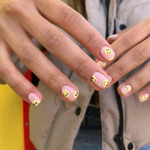 """<p>This little yellow guy is guaranteed to cheer you up, so why not adorn your nails with him?</p><p><a href=""""https://www.instagram.com/p/COCnjf-sj3K/"""" rel=""""nofollow noopener"""" target=""""_blank"""" data-ylk=""""slk:See the original post on Instagram"""" class=""""link rapid-noclick-resp"""">See the original post on Instagram</a></p>"""