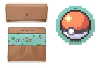 The glasses case has a chic leather-like design with a Poké Ball engraved on the front. Check the inside of the case too! The cleaning cloth has a Poké Ball design.