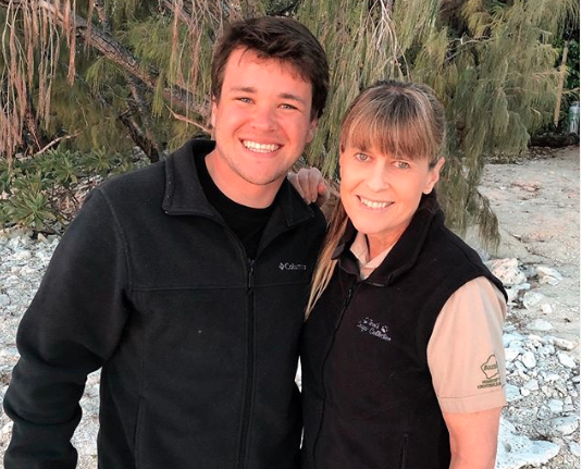 Chandler Powell pictured with Terri Irwin
