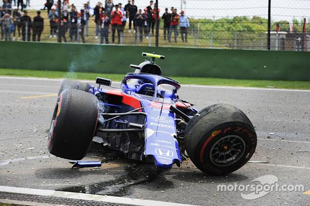 "Alexander Albon, Toro Rosso STR14, sufre un accidente <span class=""copyright"">Francois Tremblay</span>"