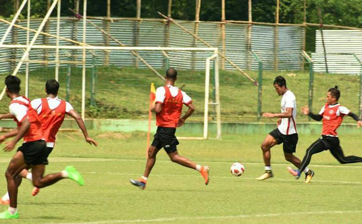 Catch all the Live action from Siliguri's Kachenjunga Stadium as East Bengal hosts Mohun Bagan...