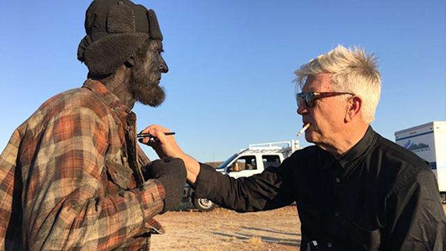 <p>David Lynch (right) puts some finishing touches on the Woodsman (Robert Broski).<br>(Photo: Showtime/Paramount/CBS Home Entertainment) </p>