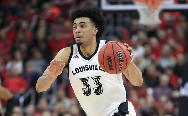 """Shortly after their overtime loss to Kentucky last month, Louisville forward <a class=""""link rapid-noclick-resp"""" href=""""/ncaab/players/142102/"""" data-ylk=""""slk:Jordan Nwora"""">Jordan Nwora</a> received a death threat on social media. (Andy Lyons/Getty Images)"""