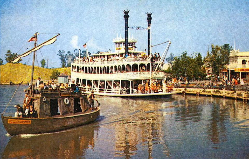 "<p>Named after the 18th century river rat who appeared in one of Disney's Davy Crockett's movies, these cozy boats were a great way to explore the sights along the Rivers of America at both Disneyland and Disney World's Magic Kingdom. That is, until 1997, <a href=""http://www.yesterland.com/keelboats.html"" rel=""nofollow noopener"" target=""_blank"" data-ylk=""slk:when a Disneyland boat capsized"" class=""link rapid-noclick-resp"">when a Disneyland boat capsized</a> with several people aboard and the ride was put in dry dock. (The Magic Kingdom docked its keelboats in 2001, though not due to any accidents.) <i><a href=""https://flic.kr/p/gSVPyL"" rel=""nofollow noopener"" target=""_blank"" data-ylk=""slk:(Photo: Tom Simpson/Flickr)"" class=""link rapid-noclick-resp"">(Photo: Tom Simpson/Flickr)</a></i></p>"