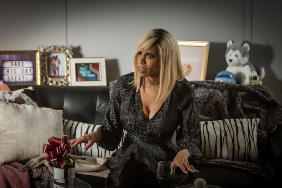"""This image released by Lifetime shows Ciera Payton portraying Wendy Williams in a scene from """"Wendy Williams: The Movie,"""" premiering on Jan. 30. (Ryan Plummer/Lifetime via AP)"""