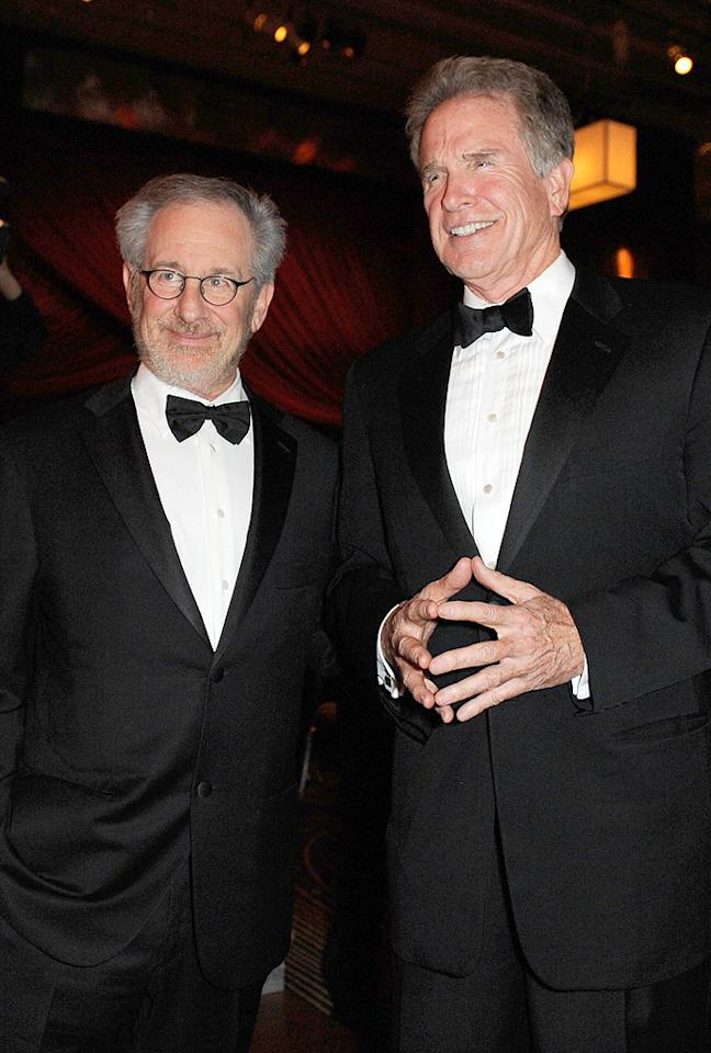 """<a href=""""http://movies.yahoo.com/movie/contributor/1800010823"""">Steven Spielberg</a> and <a href=""""http://movies.yahoo.com/movie/contributor/1800020836"""">Warren Beatty</a> at the Academy of Motion Picture Arts and Sciences' Inaugural Governors Awards - 11/14/2009"""
