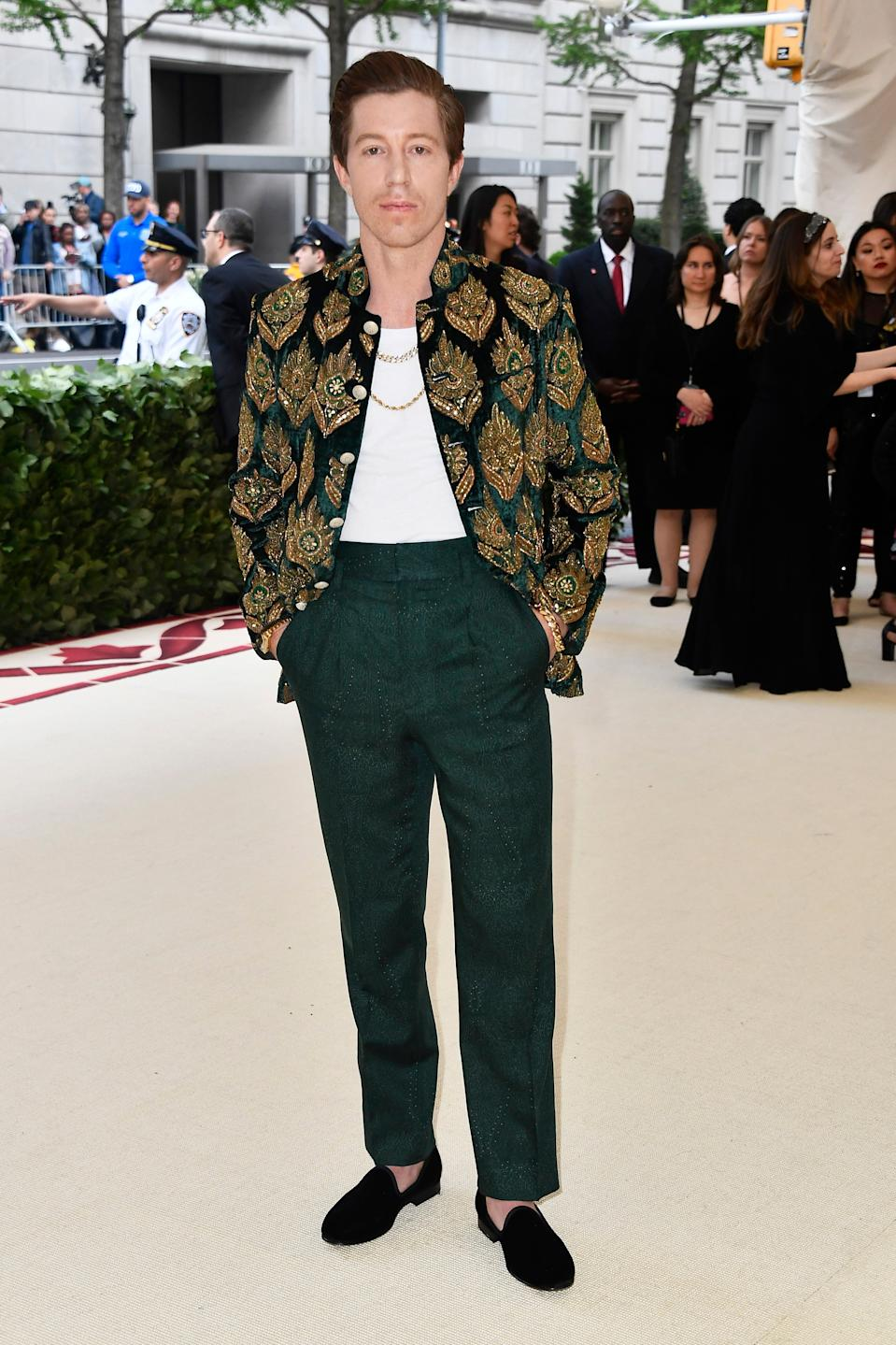 """<h1 class=""""title"""">Shaun White in Etro</h1><cite class=""""credit"""">Photo: Getty Images</cite>"""