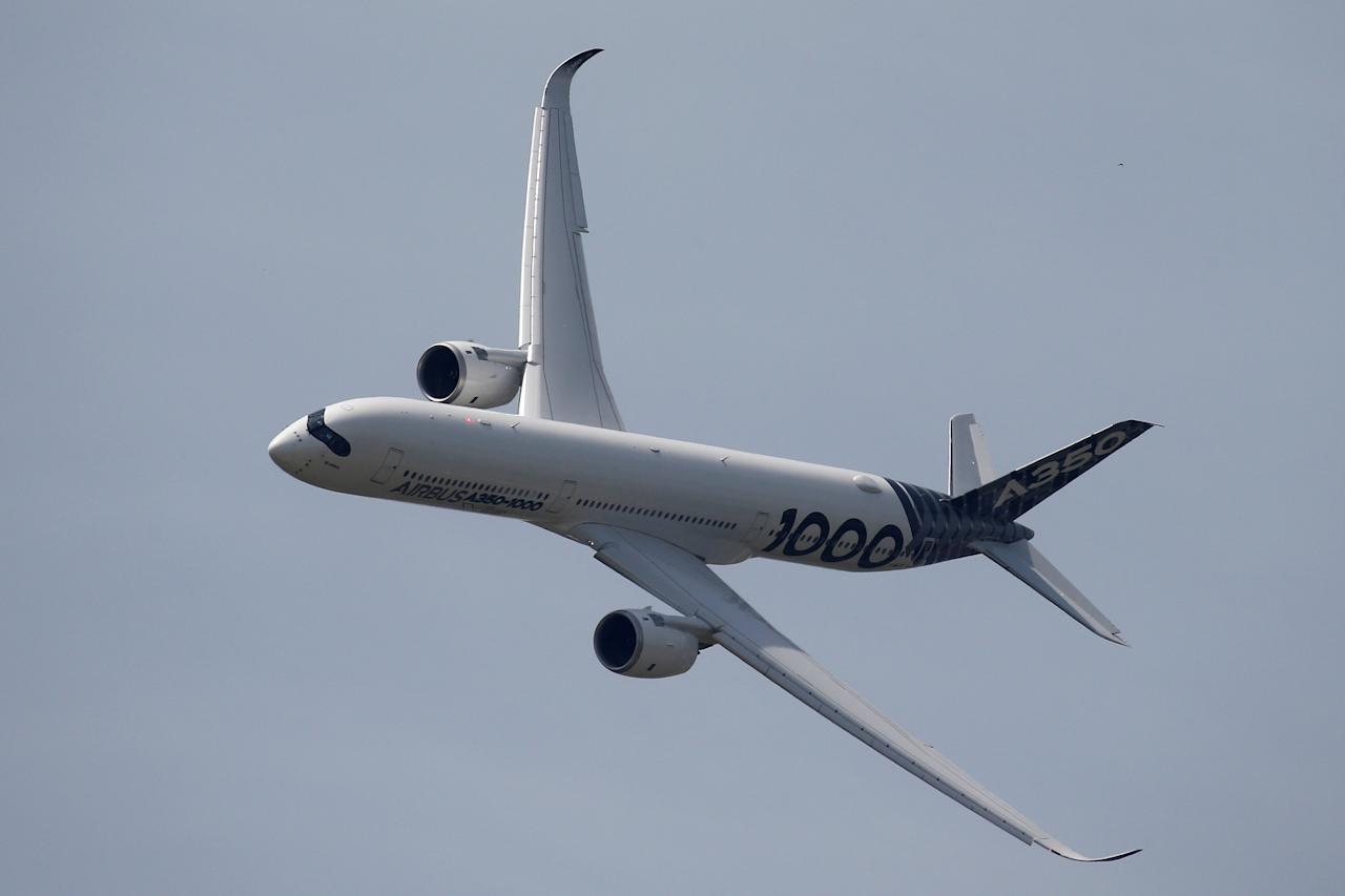 An Airbus A350-1000 is taking part in a flying display during the 52nd Paris Air Show at Le Bourget Airport near Paris, France June 22, 2017. REUTERS/Pascal Rossignol