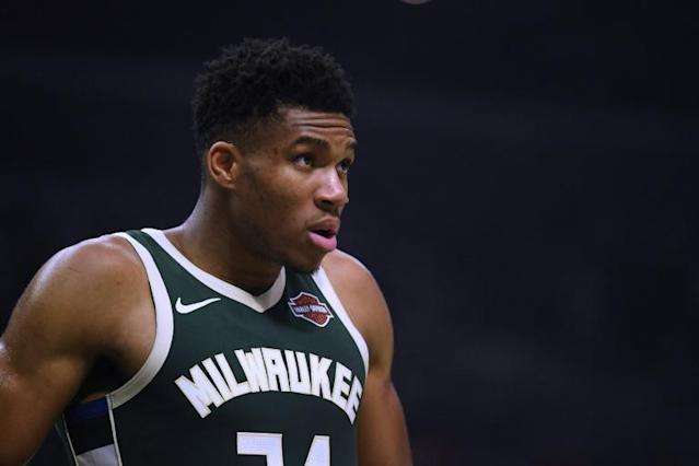 MVP Giannis Antetokounmpo finished with 33 points as the Milwaukee Bucks won their 10th consecutive game with a 119-110 victory over the Cleveland Cavaliers (AFP Photo/Harry How)
