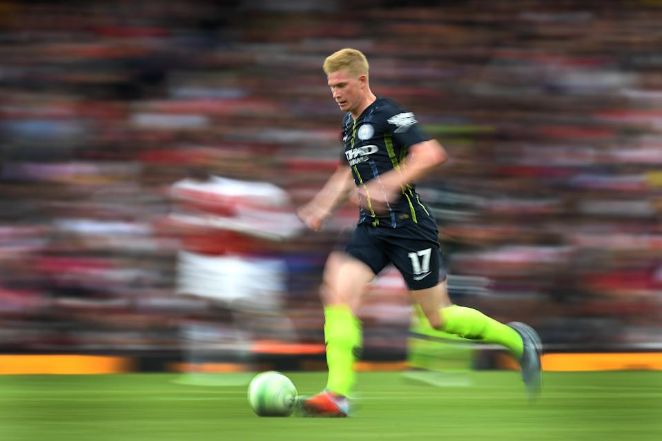 Kevin De Bruyne was one of dozens of Premier League stars whose offseasons were woefully short. Now he's injured. (Getty)